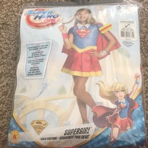 DC Super Hero Girls costume. Sz Large